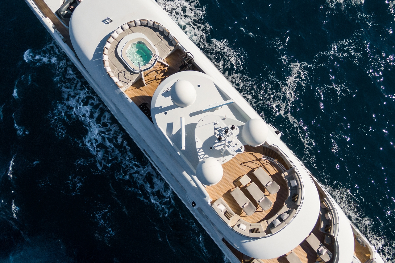 custom-yachts-My-Secret-view-above
